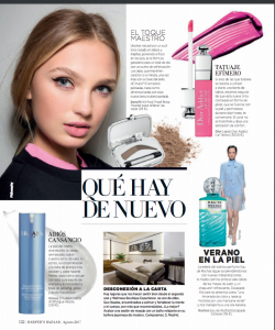 Articulo de Harper´s Bazaar sobre Wellness Boutique Experience Madrid. en la parte inferior esta el articulo, con una foto de una cabina de tratamiento. en la parte superior izquierda esta el rostro de una mujer. en la lado derecho un kit de maquillaje y pinta labios.. en la parte inferior derecha un perfume con la foto de un modelo vestida de azul andado